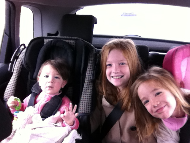 These are my girls, in the car, on the way to Alicante, for one of my courses on Christmas Appetizers.